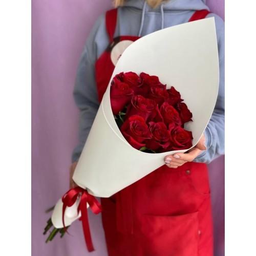 Купить на заказ Букет из 11 красных роз с доставкой в Шаре