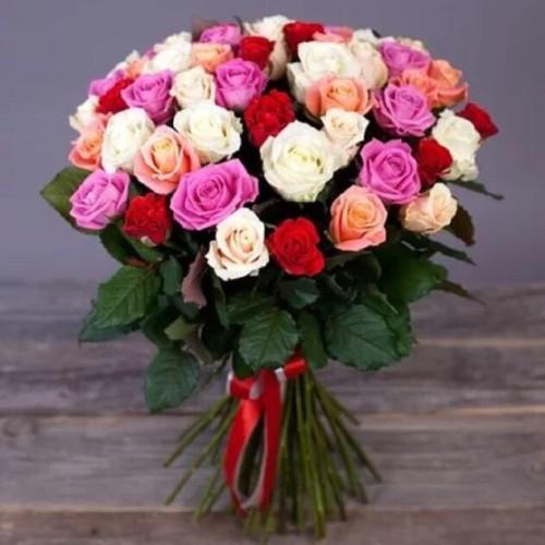 Купить на заказ Букет из 31 розы (микс) с доставкой в Шаре