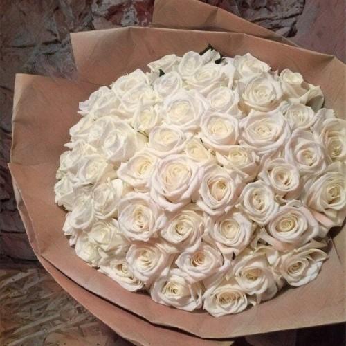 Купить на заказ Букет из 101 белой розы с доставкой в Шаре
